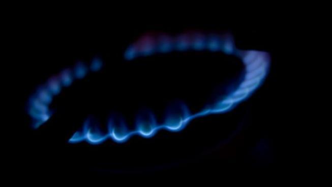 Průměrné domácnosti, která využívá zemní plyn na vaření, ohřev vody a vytápění, vzrostou měsíční náklady na plyn o přibližně 60-80 korun, Foto:SXC