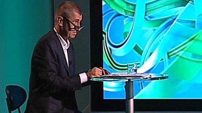 Paradoxem je, že sám Babiš měl s některými porevolučními politiky nestandardně blízké vztahy, Foto:Česká televize