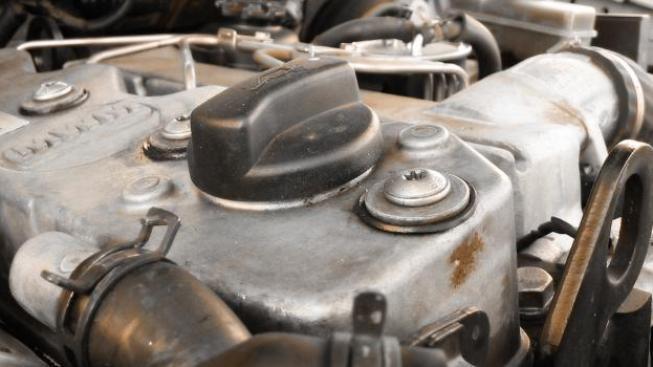 Za cenu dieselu lze mít automobil s mnohem výkonnějším benzinovým motorem, přesto za povinné ručení zaplatit o deset procent méně, Foto:SXC