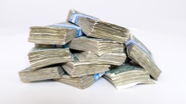 Pozadu v tomto týdnu nezůstane ani hra Euromiliony, sázející budou v pátek 24. února hrát o jackpot ve výši 151 500 000 korun, Foto:Sazka