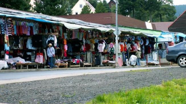 Českým finančním úřadům proteklo mezi prsty asijské zboží za 445 miliard korun, aniž by se někdy zdanilo, Foto: sxc