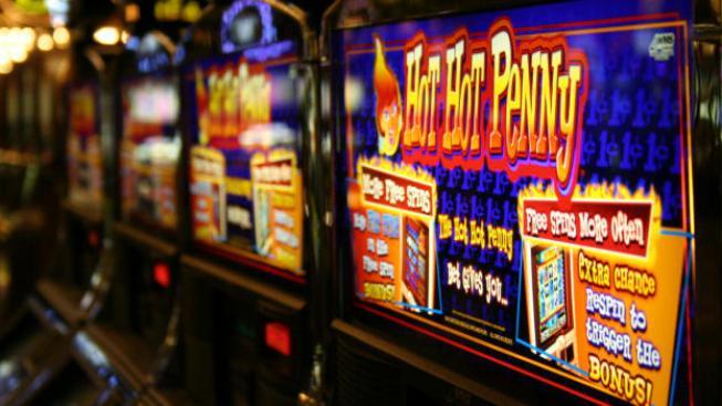 Česká republika má nejvíce hazardních přístrojů na obyvatele na světě. Má proto i nejvíce gamblerů. Závislost na automatech je podobně silná jako na pervitinu, Foto:SXC