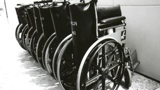 Někteří rodiče pobírající dávky na postižené děti přišli o tisíce měsíčně, Foto:SXC