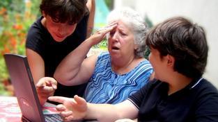 Šance odejít beztrestně do penze před dosažením řádného důchodového věku bude ale otevřená pro každého, kdo si ušetří peníze v rámci doplňkového penzijního spoření. Foto:SXC