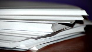 Poplatky ve výši 1,50 koruny za stránku A4 navíc stanovuje zákon o svobodném přístupu k informacím. Podle veřejného ochránce práv vede dvojí metr k absurdním situacím a nerovnému přístupu, Foto:SXC