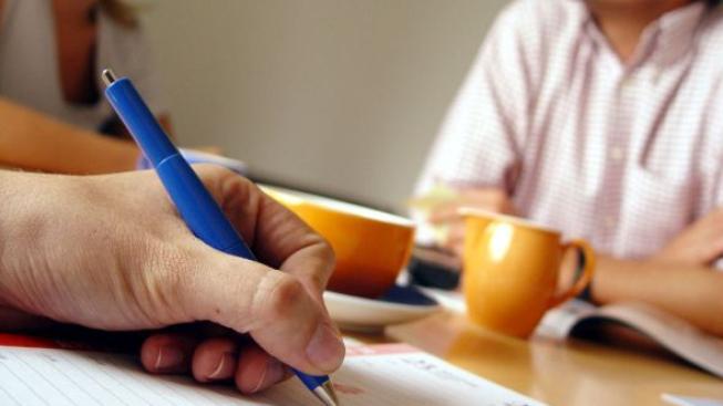 Jak průzkum také ukázal, Češi se stále nevyznají ve smlouvách, které při přijetí úvěru podepisují, Foto:SXC