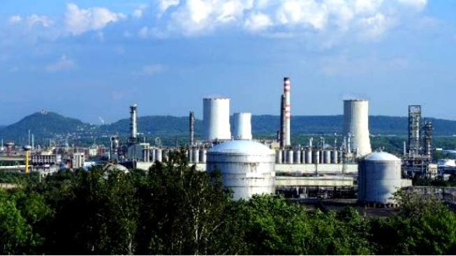 Unipetrol vykázal v druhém čtvrtletí čistou ztrátu 598 milionů korun, Foto:Unipetrol