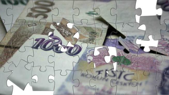 V dotačním programu pro Ústecký a Karlovarský kraj se přerozděluje 19 miliard korun, na 16 miliard už jsou podepsané smlouvy. Čerpání peněz je v současné době zastavené. Foto:Radka Malcová