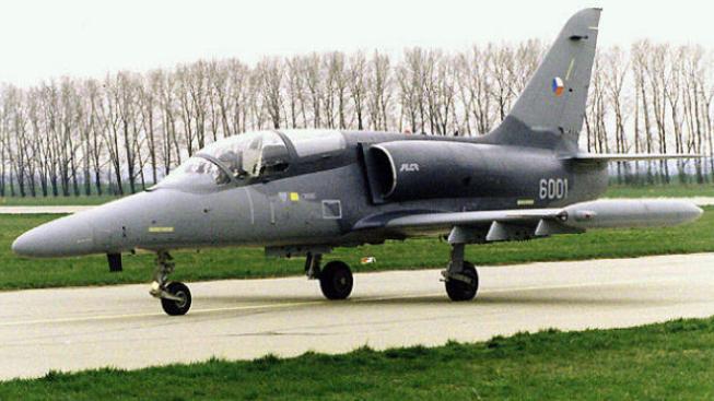 Obchodní dohodu ohrožoval fakt, že Irák požadoval nové a dvoumístné stroje, ani jeden parametr přebytečná česká armádní výstroj nesplňuje. Foto:Army