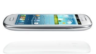 Podstatou tohoto škodlivého kódu je skryté přihlášení mobilního telefonu do zpoplatněných SMS služeb, které provedl infikovaný mobil.  Ilustrační foto:Samsung