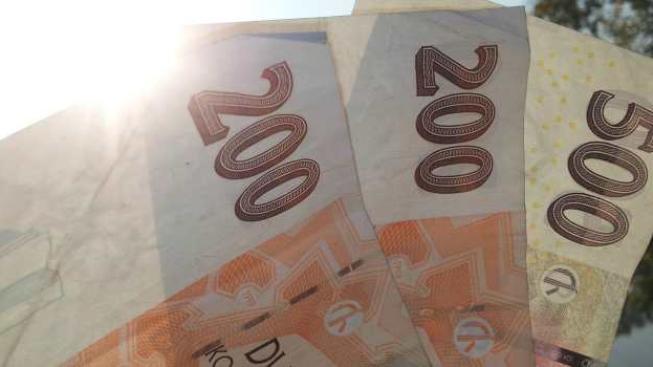 Odpovědnost za peníze které si mnohdy těžce vyděláme si neseme obvyklke sami. Jak zbytečně nerozhazovat? Foto:SXC
