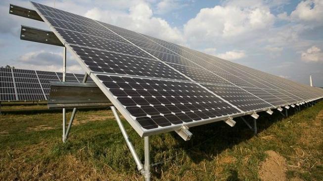 Celá ona podpora obnovitelných zdrojů je v podstatě bruselský koncept. Vedle naprosto nesmyslné agrární politiky, za kterou unie utrácí zcela nepochopitelnou část svého rozpočtu, je ekologické tažení druhou nejvýraznější aktivitou této mašinérie. Foto:SXC