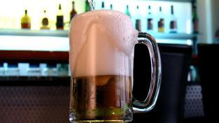 Podle dat celní správy se za loňský rok vyvezlo z České republiky 544 482 hektolitrů piva mimo Evropskou unii. Foto:SXC
