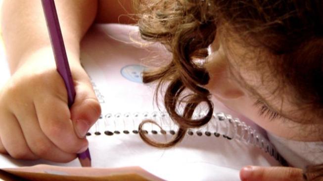 Svého potomka zapojte do plánování výdajů. Dejte mu určitý obnos a dovolte mu, aby si za ně vybral vybavení do školy. Foto:SXC, Text:MED