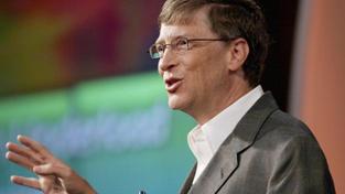 Microsoft si převzetím jádra Nokie dramaticky vylepší pozici na trhu, který je nyní pro technologické společnosti zásadní, protože mobilní zařízení vytlačují z trhu klasické osobní počítače. Foto:Microsoft (Bill Gates) Text: MED