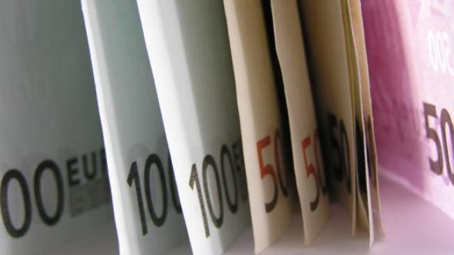 Hotovost se do zahraničí nevyplatí, Foto:SXC