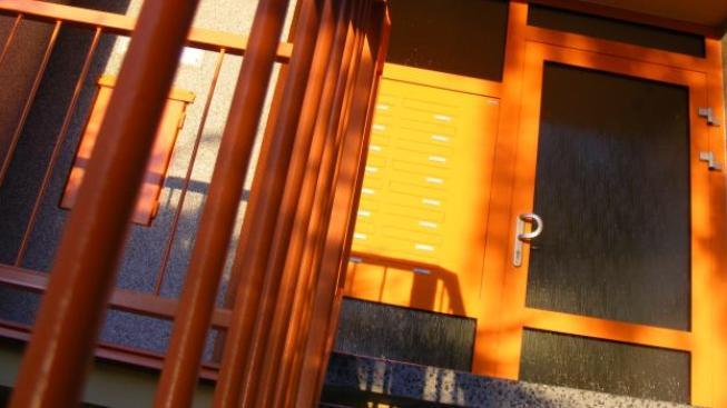 Volby se blíží. Občanské sdružení majitelů domů, bytů a dalších nemovitostí (OSMD) proto sezvalo představitele pěti politických stran, aby prezentovali svou vizi sociálního bydlení, kterou budou po volbách prezentovat. A výsledek? Foto:SXC