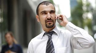 Změnit mobilního operátora se zlevní. Většina operátorů splnila své zákonné povinnosti s předstihem, pouze Vodafone neměl nové podmínky na webu ani na konci ledna. Zákon ukládá každou změnu podmínek alespoň měsíc předem oznámit zákazníkům. Foto:SXC, Text: