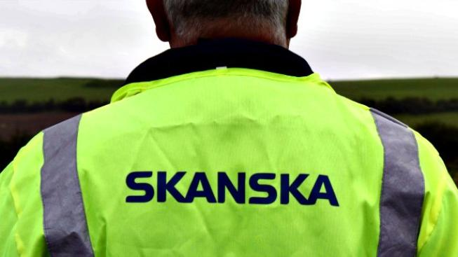 Zvláštní však je, co se to v té firmě Skanska vlastně děje, když dvakrát během jedné dekády dovolí svým dosti vysoko postaveným manažerům falšovat účetnictví?  Foto:weymouthreliefroad.wordpress.com