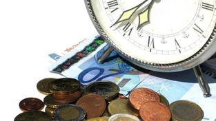 Každý důchod v Česku se skládá ze základní výměry a procentní výměry. Základní výměra je pro všechny důchody shodná a činí v roce 2014 částku 2 340 Kč měsíčně. Foto:SXC
