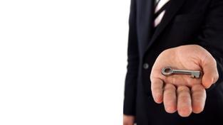 O problémech s dluhy předchozích majitelů bytu se již všeobecně ví. Ve zkratce se jedná o to, že s koupí jednotky kupujete i případné dluhy, které na nemovitosti váznou. Foto:SXC, Text: pravnigramotnost.cz