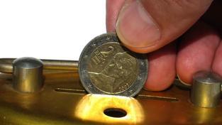 Penze (i ve třetím pilíři!) jsou tak dnes na českém trhu jediný finanční produkt retailového charakteru, kde je regulovaná a zastropovaná provize. Navíc na poměrně nízké úrovni. Foto:SXC