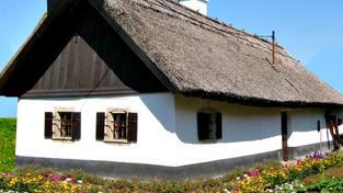 Chaty vedou, hoteliéři se musí snažit. I když lidé rádi cestují po České republice, s oblibou jezdí spíše do chatek nebo právě ke známým na chalupu. Pokud už jedou do hotelu, chtějí hlavně luxusní odpočinek. Foto:SXC
