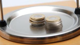 Hypotéka není zrovna jednoduchá záležitost. To, jakou sazbu nakonec dostanete, záleží například na podmínkách banky, ale i na vaší bonitě a finančních možnostech. Foto:SXC