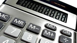 Výpočet státního důchodu závisí na získané době pojištění v celých ukončených letech a průměrné měsíční mzdě za odpracované roky (neboli osobním vyměřovacím základu). Foto:SXC