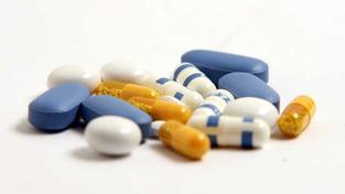 Úhrady za léky jsou skutečně jen informativní, protože nová cena léku se změní až zveřejněním léku v Seznamu cen a úhrad léčivých přípravků a potravin pro zvláštní lékařské účely (SCAU). Foto:SXC