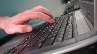 Notebooky od HP zaznamenávaly údaje o každém úderu do klávesnice