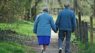 Penzisté si od příštího roku přilepší víc, než bylo v plánu