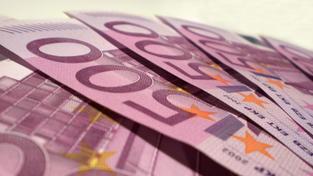 Českou korunu čekají výkyvy na jaké nejsme zvyklí. Euro zlevní