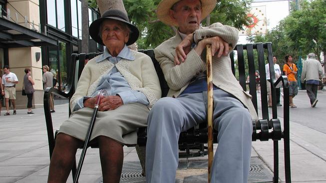 Kdy půjdeme do penze? Češi jsou na tom jako jedni z nejhůře v Evropě