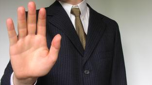Co byste měli vědět, než začnete s bankou nebo finančním poradcem cokoli řešit