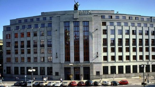Ruská ERB Bank v Česku končí, byla vytunelována?