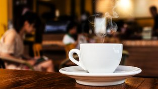 Patříte k milovníkům kávy? Vychutnejte si kávu z toho nejlepšího kávovaru