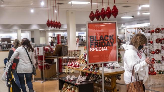Americké obchody byly i na Black Friday poloprázdné.