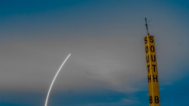 Start nosné rakety Falcon 9