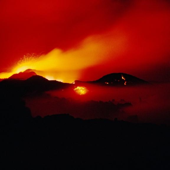 Největší pozemská sopka se probouzí k životu