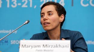 Maryam Mirzakhani převzala cenu na konferenci v Soulu