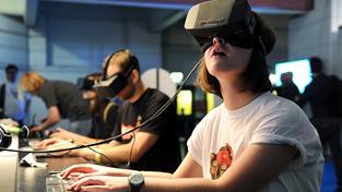 Brýle Oculus Rift dokážou přenést do umělých světů, ale co takhle světy skutečné?