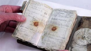 Zrestaurovaný deník dostal novou vazbu