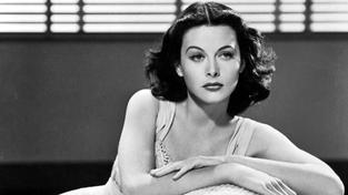 Svůdná femme fatale ve své době učarovala divákům i legendárním producentům