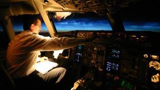Piloti se na svých letech neobejdou bez přesných meteorologických informací