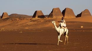 Svou konstrukcí se pyramidy značně liší od těch egyptských