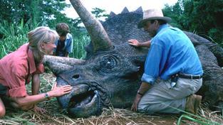 Spielbergův hit nastolil novou éru filmových triků a nastartoval dinománii