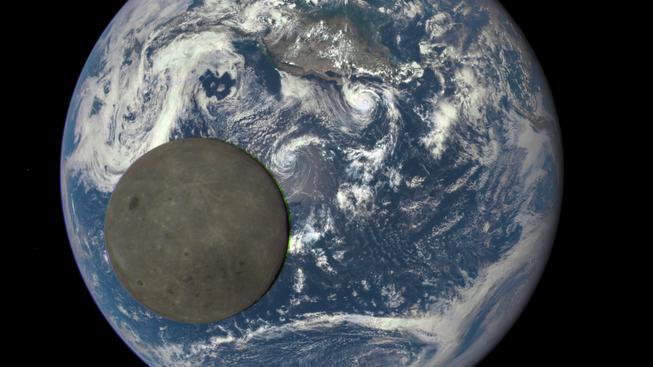 Unikátní záběr odvrácené strany Měsíce z kamery EPIC