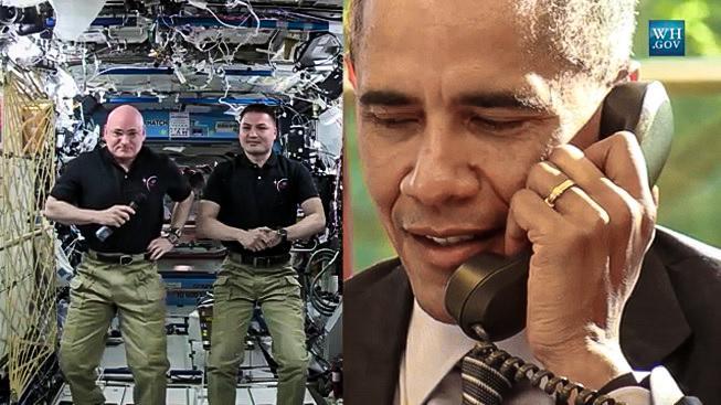 Barack Obama telefonuje na ISS, oslavenec Scott Kelly je úplně vlevo