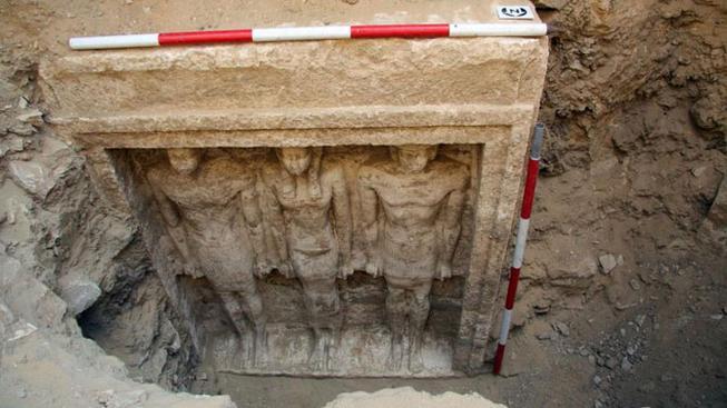 Čeští egyptologové zkoumají nekropoli v Abúsíru už několik desítek let